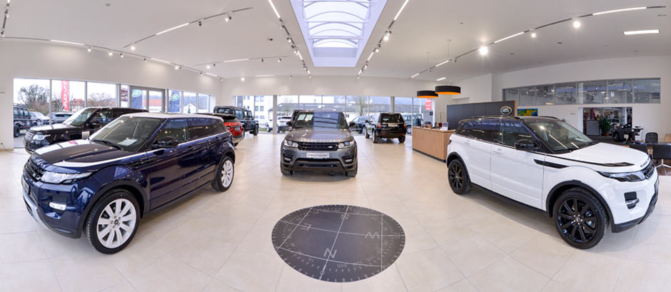 Showroom Land Rover Coburg
