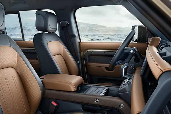 Land Rover Defender Cockpit
