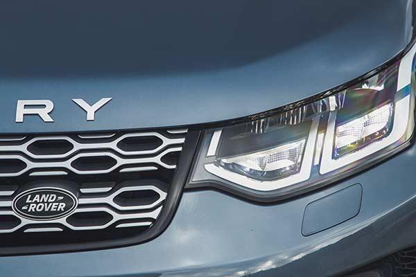 Land Rover Discovery Sport Scheinwerfer