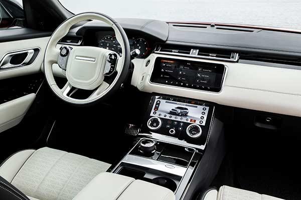 Range Rover Velar Cockpit